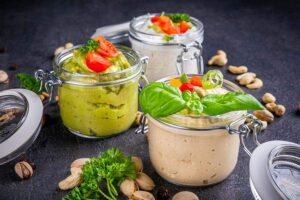 Gesunde und nahrhafte Dips, Guacamole, Kräuterquark und Hummus im Kochbuch von Körperverwandlung